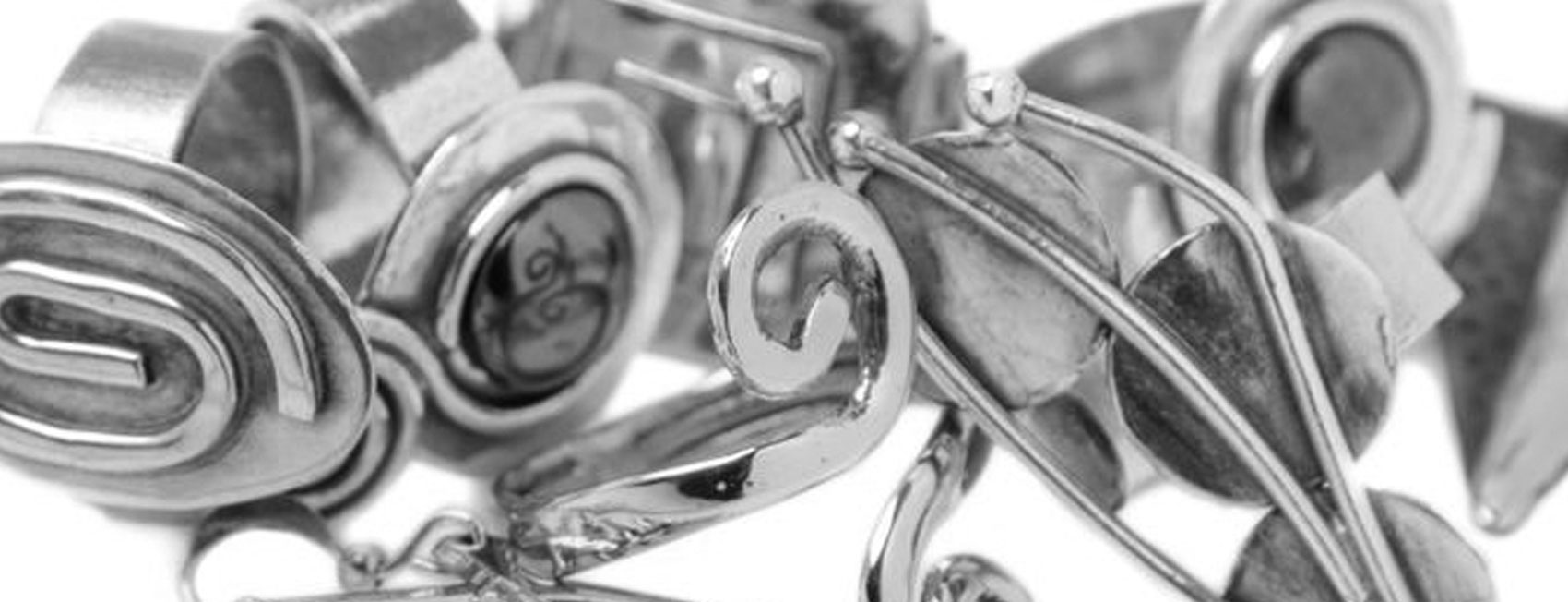 Rings & Brooches